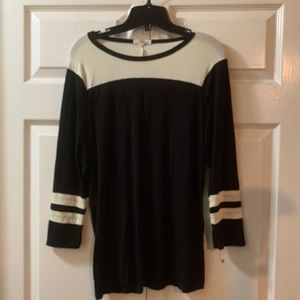 Black and white - Baseball tee shirt
